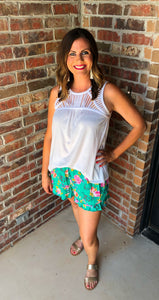 Phoebe floral shorts