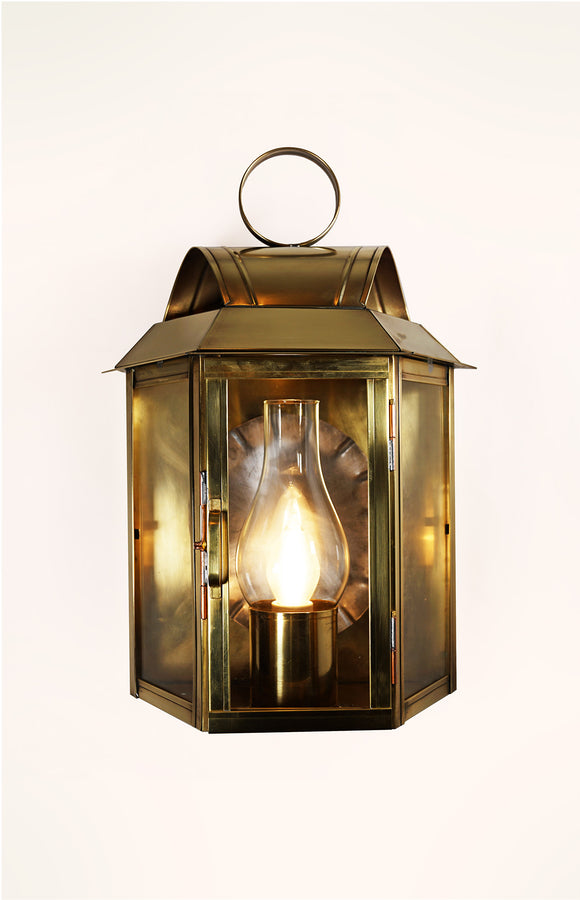 Tavern Traditional Wall Lantern
