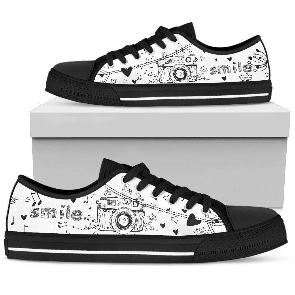 Photography Women's Low Top Shoe