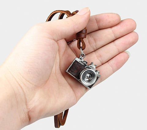 HANDMADE VINTAGE CAMERA LEATHER NECKLACE Pendant Necklaces