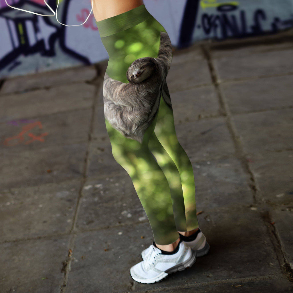 Sloth, just hangin' Leggings