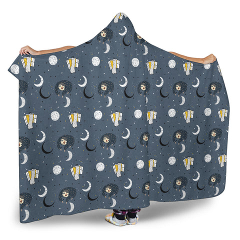 Sleeping Sloth Hooded Blanket Small Print