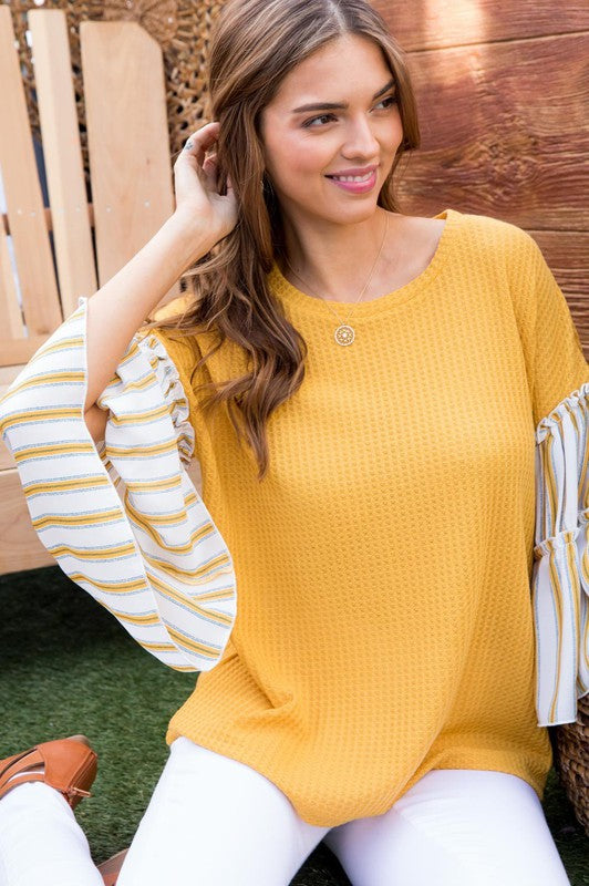 Contrast Stripe Tiered Ruffle Sleeve Top