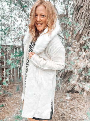Long Sleeve Cardigan With Fur Collar