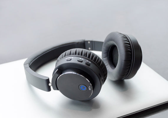 Wireless Headphones & Headsets