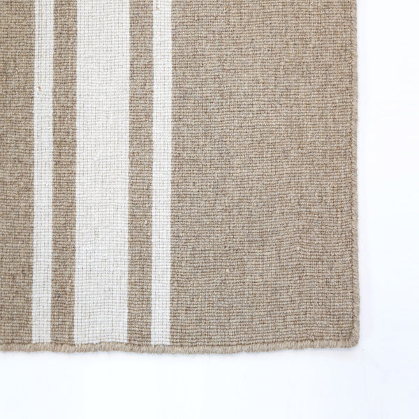 Beachwood Rug in Natural/Ivory