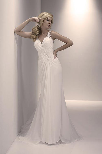 19EL035 Wedding Dress Size 12 Ivory