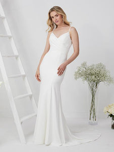 19EL199 Wedding Dress Size 10 Ivory