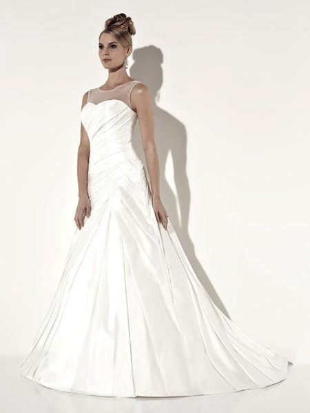 19EL041 Wedding Dress Size 4 White