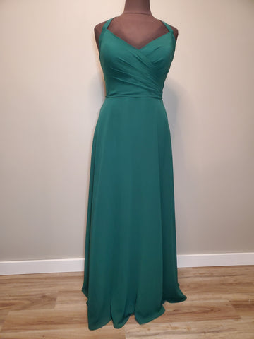 22el942 Celebration Gown Size 20