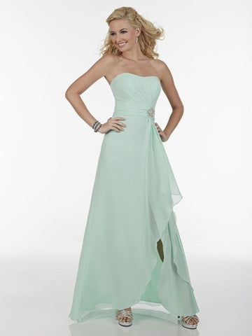 22EL595 Celebration Gown