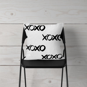XOXO Watercolor-Pillow Cover