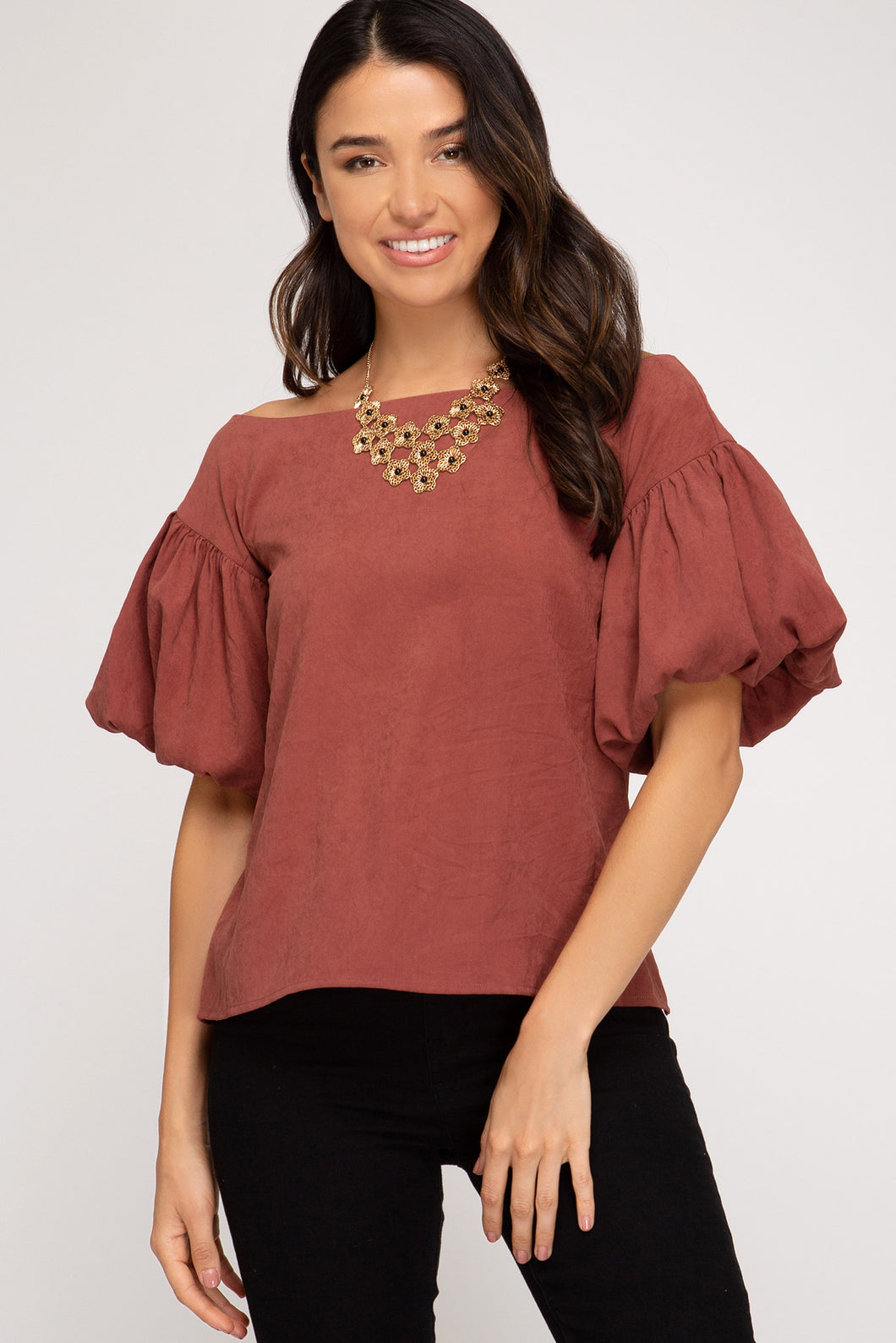 BUBBLE SLEEVE BOAT NECK WOVEN TOP