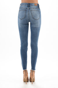 5 button Skinny Jean w/ Frayed Hem