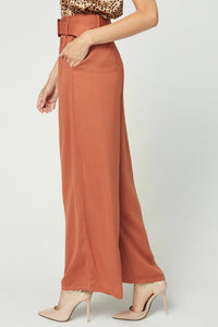 High-waisted wide leg pant