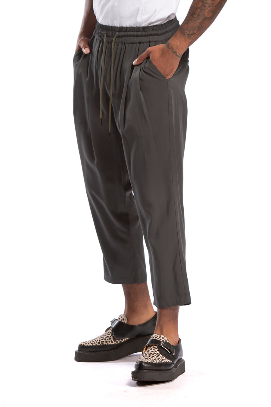 candorofficial - Lakewood Ankle Pant, Charcoal - Bottoms