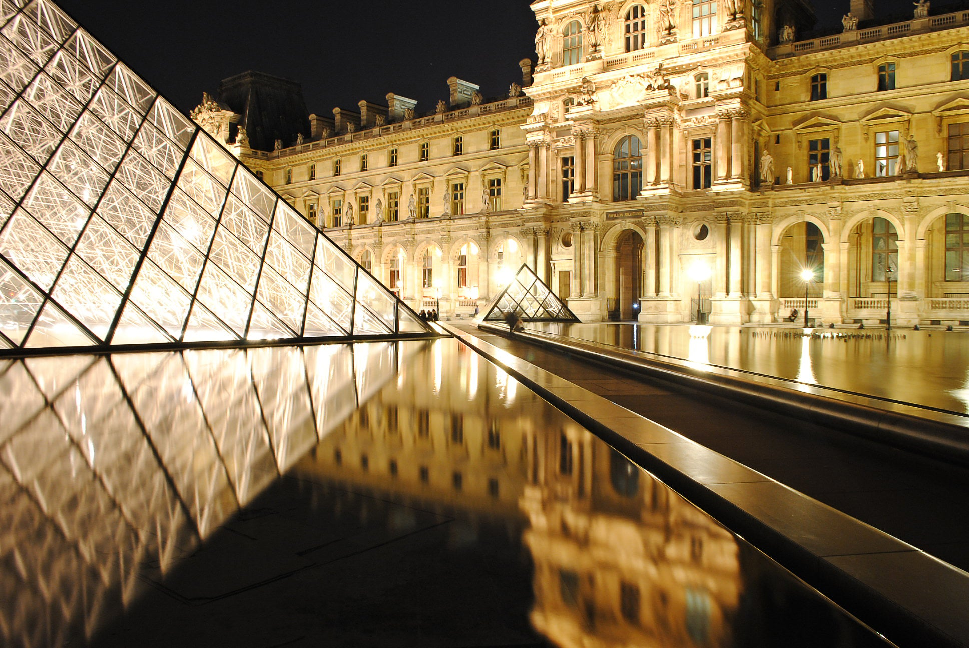 The Louvre At Night Print