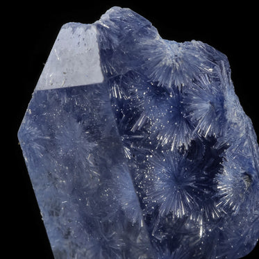 DUMORTIERITE IN QUARTZ