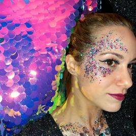 How to apply Festrival Glitter Makeup