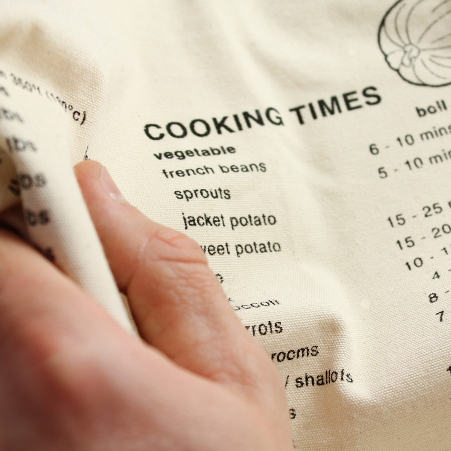 SUCK UK | Apron with Cooking Guide