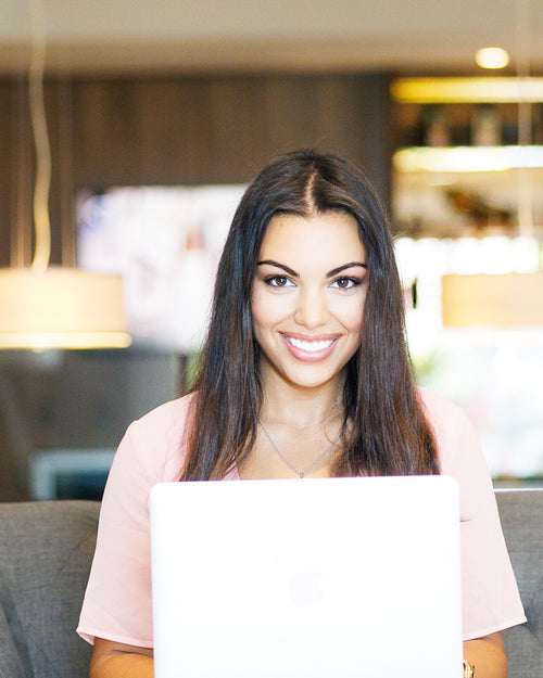 5 Easy Makeup Tips For Video Conference Calls!