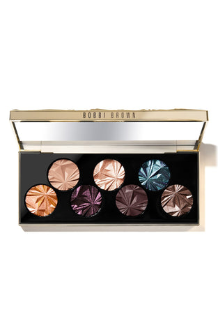 Check out this beautiful Bobbi Brown Eyeshadow palette for Fall 2019 Autumn colors!