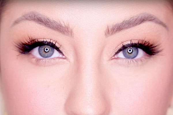 Check out the Baby Lash magnetic eyelash in the MUA Kit!