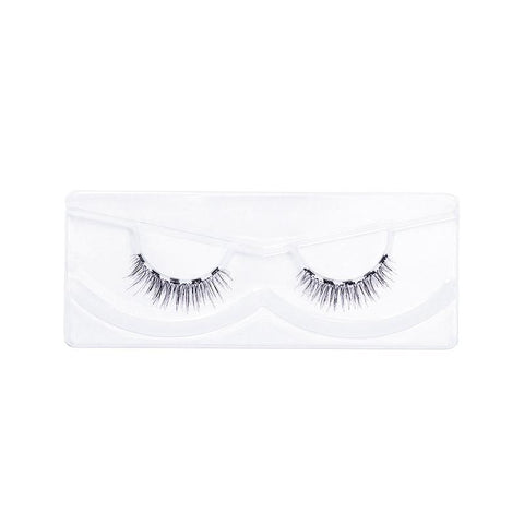 Check out the Classy magnetic lash and the best tips and tricks to getting a gorgeous lash look in seconds!