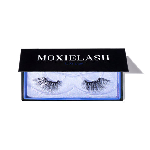 Get the simple foxy magnetic lash look for Halloween!