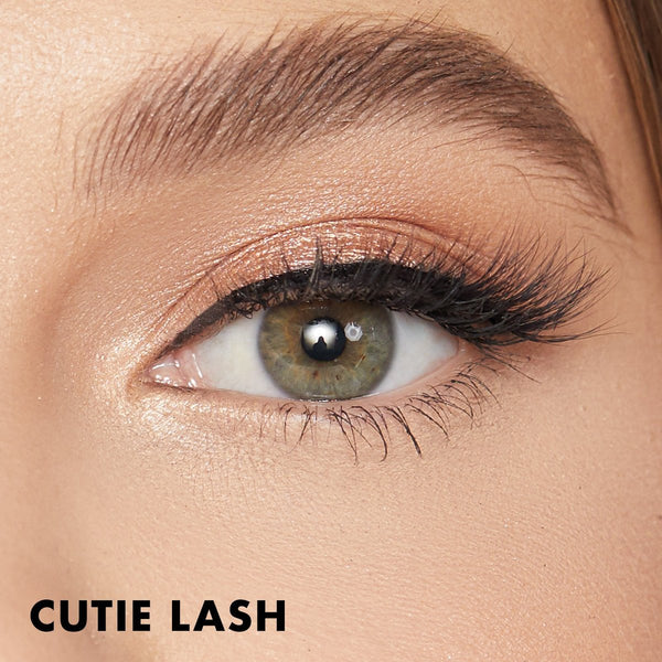 Cutie Magnetic Eyelash brings a natural look for almond shaped eyes.