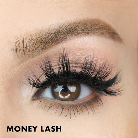 Money Lash has ten magnets for ultimate hold and maximum comfort. Get serious volume and length in seconds.