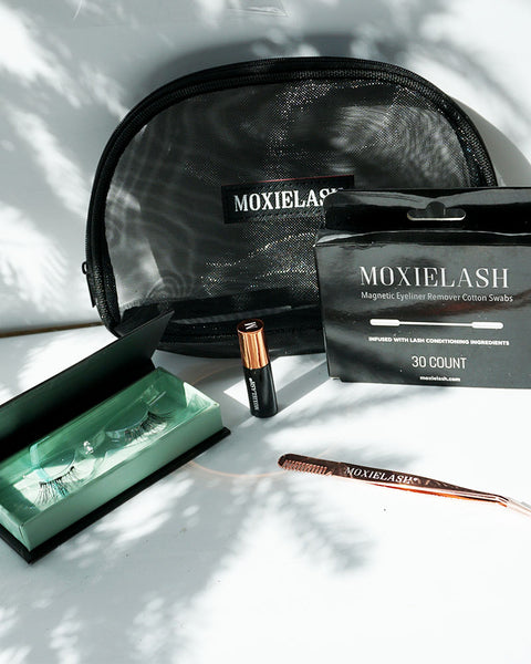 Baby Lash kit from MoxieLash makes the perfect holiday gift.