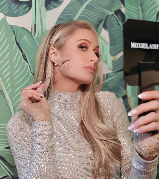 Learn how to apply magnetic lashes like Paris Hilton with MoxieLash!