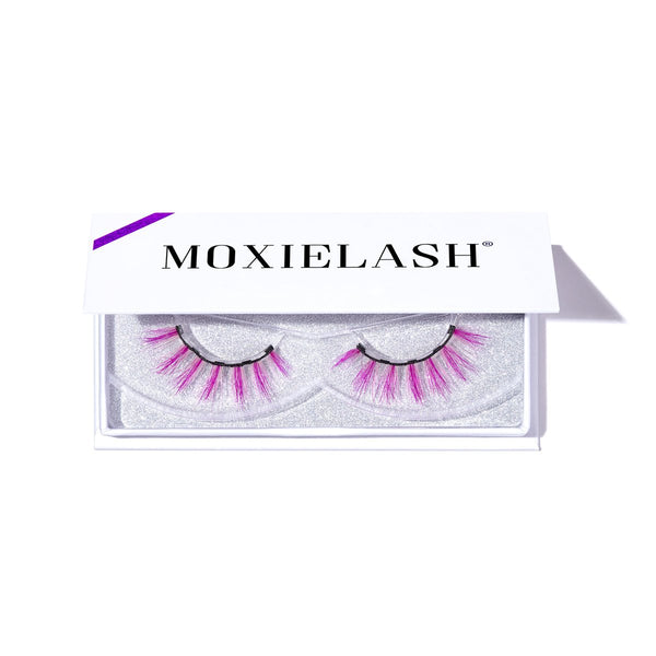 Check out these gorgeous magnetic lashes for Halloween!