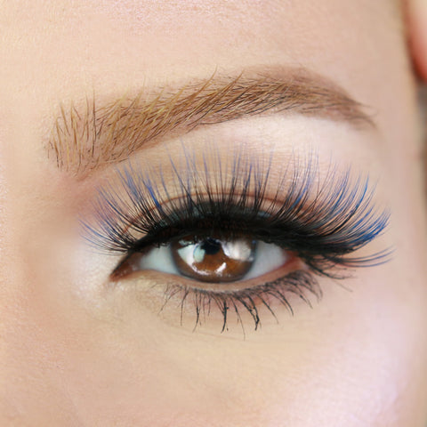 Stormy Lash Magnetic Lash Look that enhances the color of your eyes!