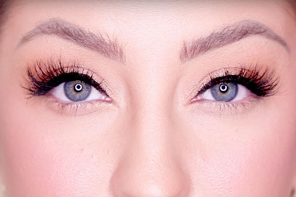 Sassy Lash from MoxieLash is included in the MUA Kit!