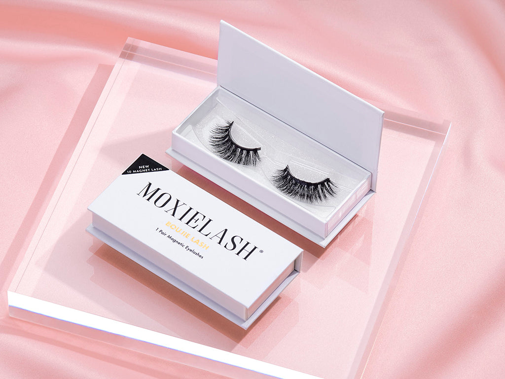 Get a bold lash look for Fall with the Boujie Magnetic Lash from MoxieLash.