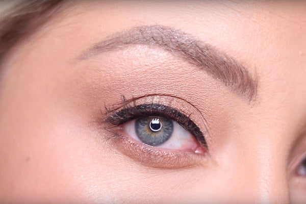 How to apply magnetic liquid eyeliner from MoxieLash.