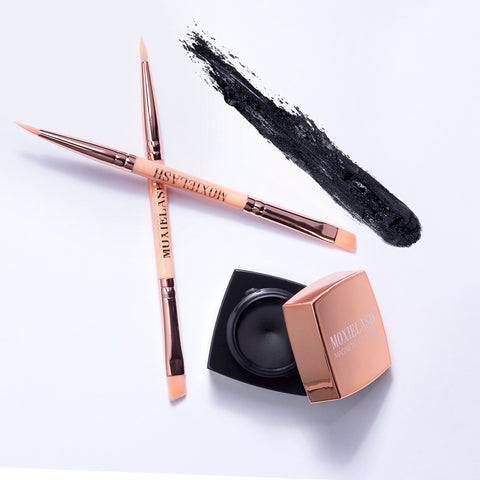 Magnetic gel eyeliner and brush combination
