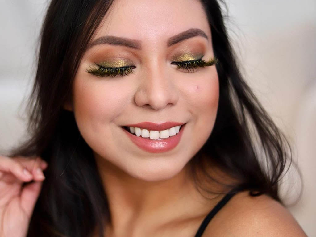 How to get the look of magnetic lashes and maintain your lashes with these easy steps.