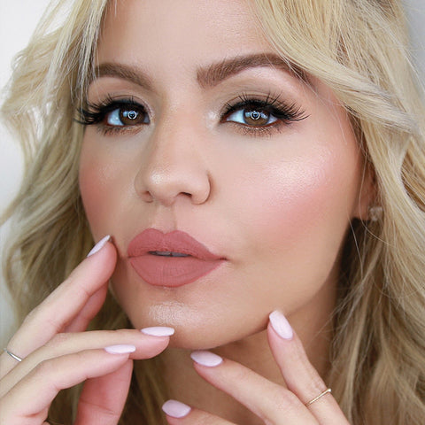 Get a casual makeup look for your holiday party with this step-by-step makeup tutorial featuring Wifey Lash.