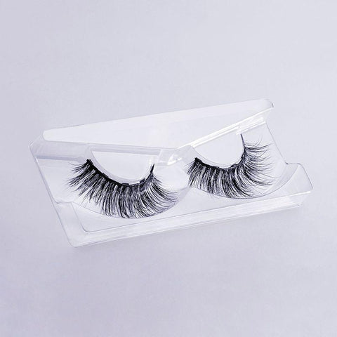 MoxieLash Baddy lash style is perfect for that ultra glam and sexy look that will blow your mind! Check out these gorgeous lashes babe!