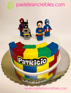 Pastel de Lego Superhéroes