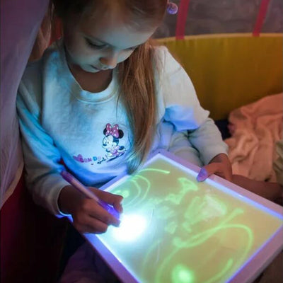 2 in 1 MAGIC DRAWLOVE that glows! ( REVERSIBLE & REUSABLE )