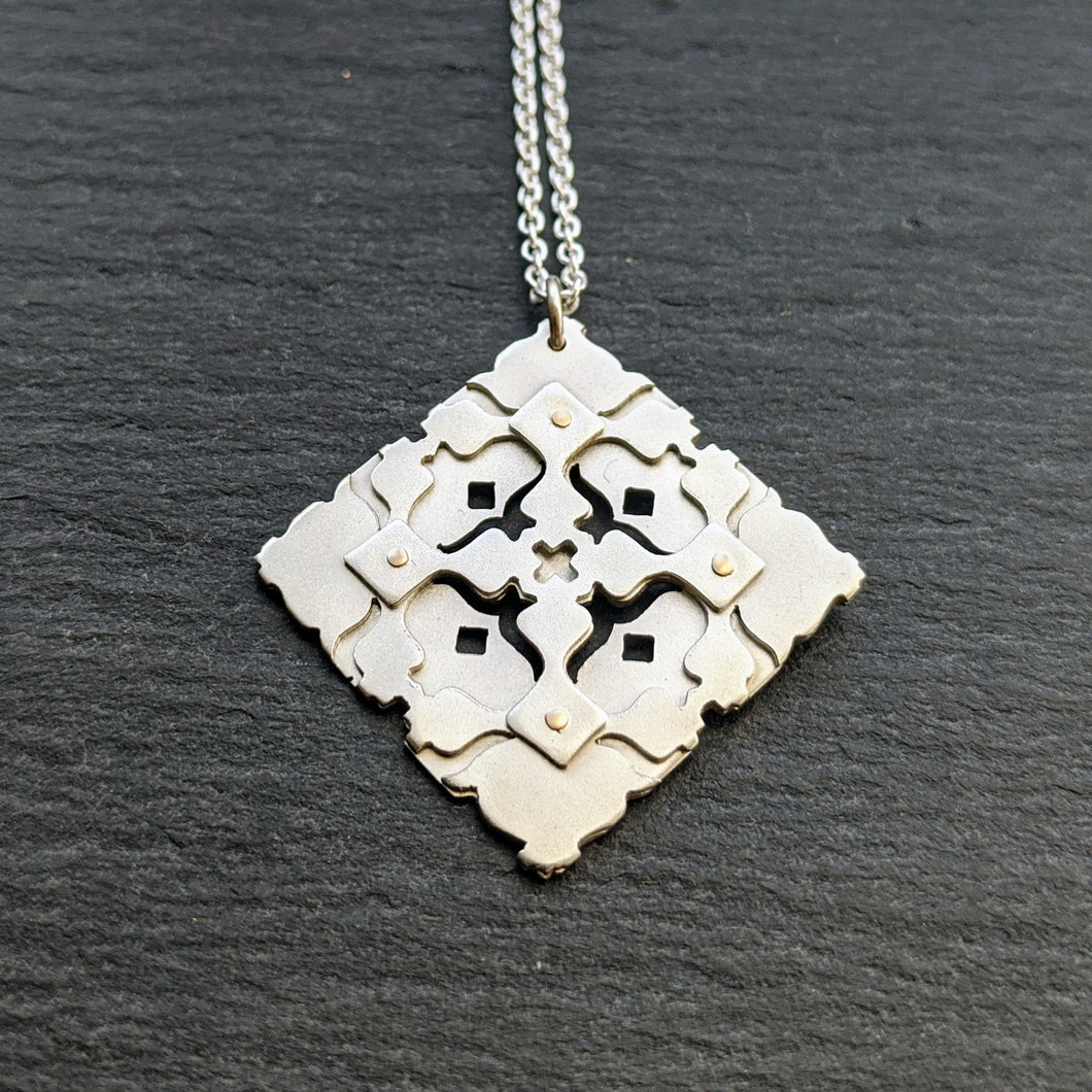 Geometric pendant - small