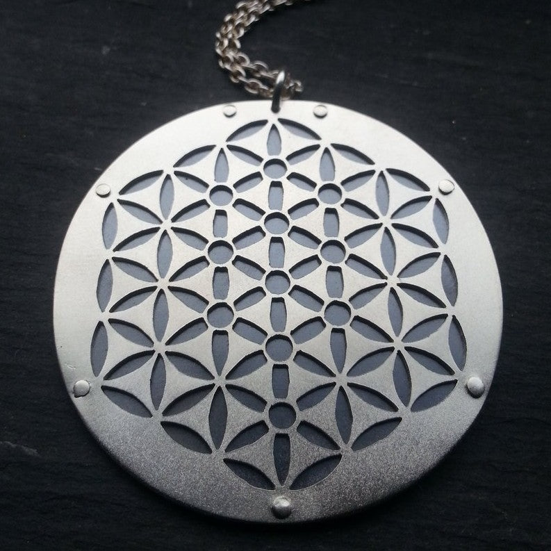 Kabbalah Flower Of Life Pendant 2 Jean Burgers Jewellery The kabbalah tree of life is a mysterious symbol,which be used in judaism and belongs to part of kabbalah's traditional jewish philosophy. kabbalah flower of life pendant 2