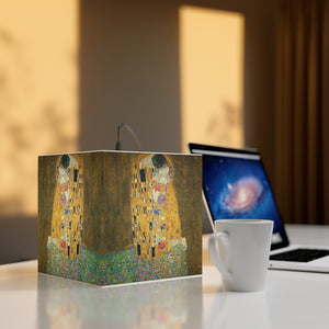 "Gustav Klimt ""The Kiss"" Cube Lamp"