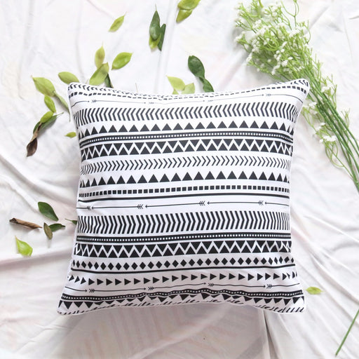 Elegant Black White Striped Cushion Cover Modern Chic Reversible Geometric Microfiber Soft Throw Cover - Dropshipful.com