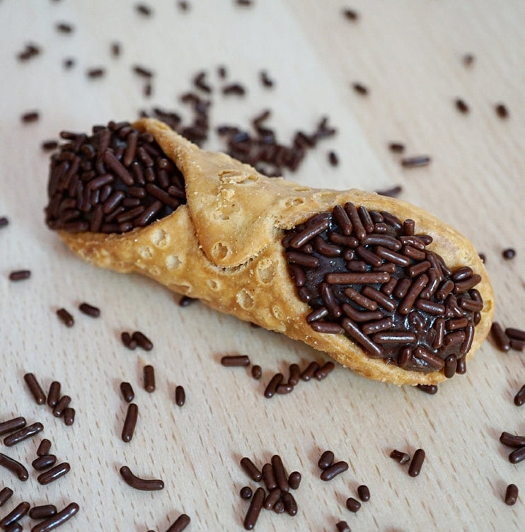 Milk Chocolate Cannoli