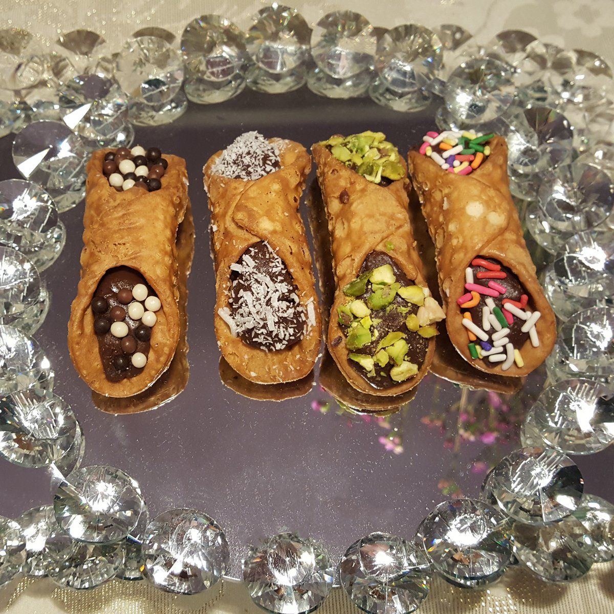 Custom Make your Cannoli